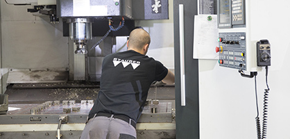 CNC-Maschine in der Stauber-Produktion